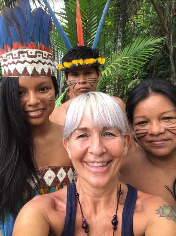 Maria Nayler selfie with Peruvian community
